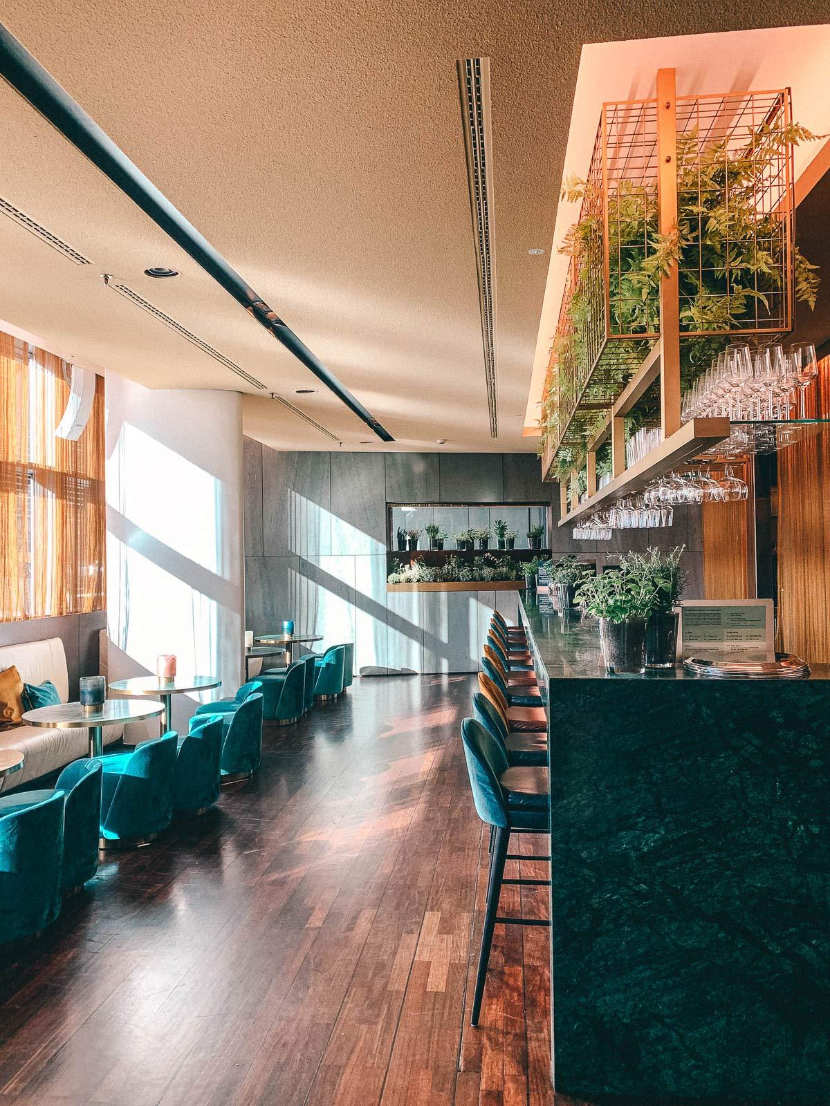 side hotel bar
