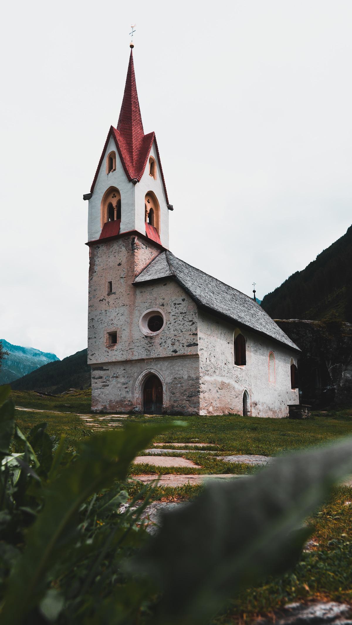 Suedtirol Sehenswuerdigkeiten: Kasern Kirche Heilig Geist