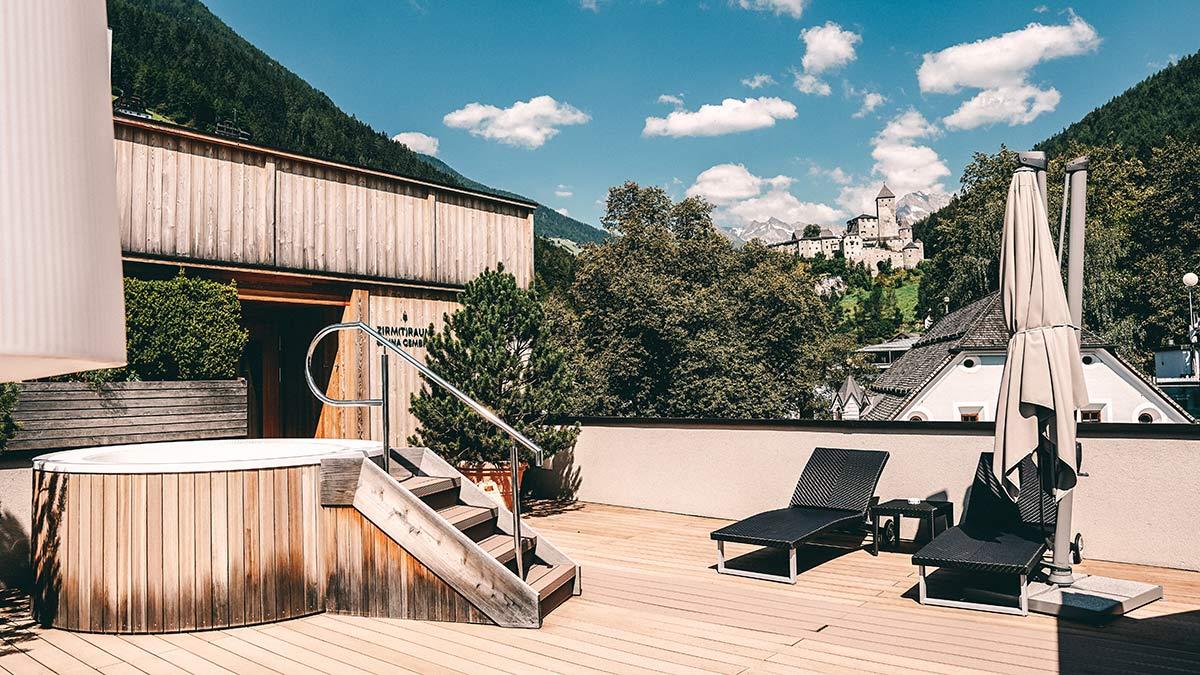 Die schoensten Hotels in Suedtirol Drumlerhof Dachterrasse