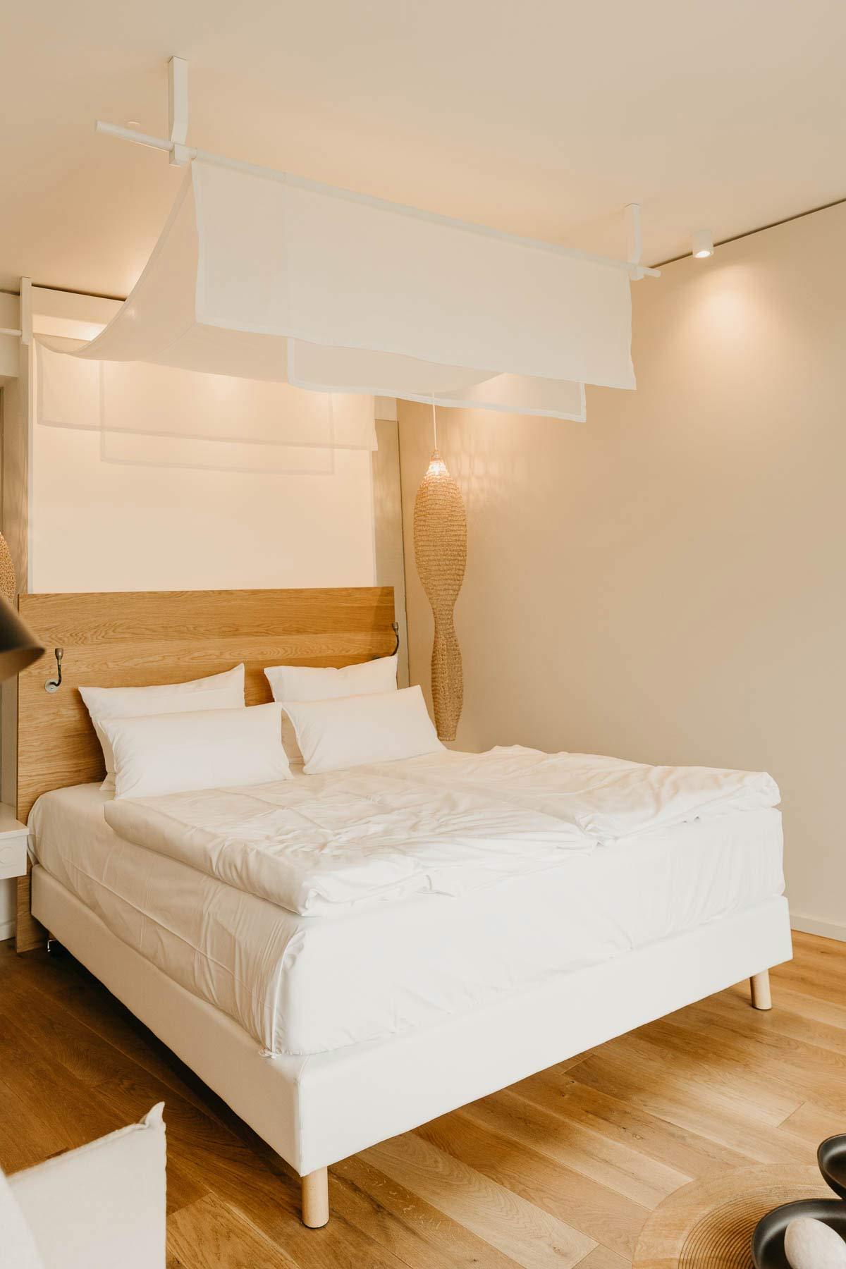 Zimmer Bett Seezeeitlodge