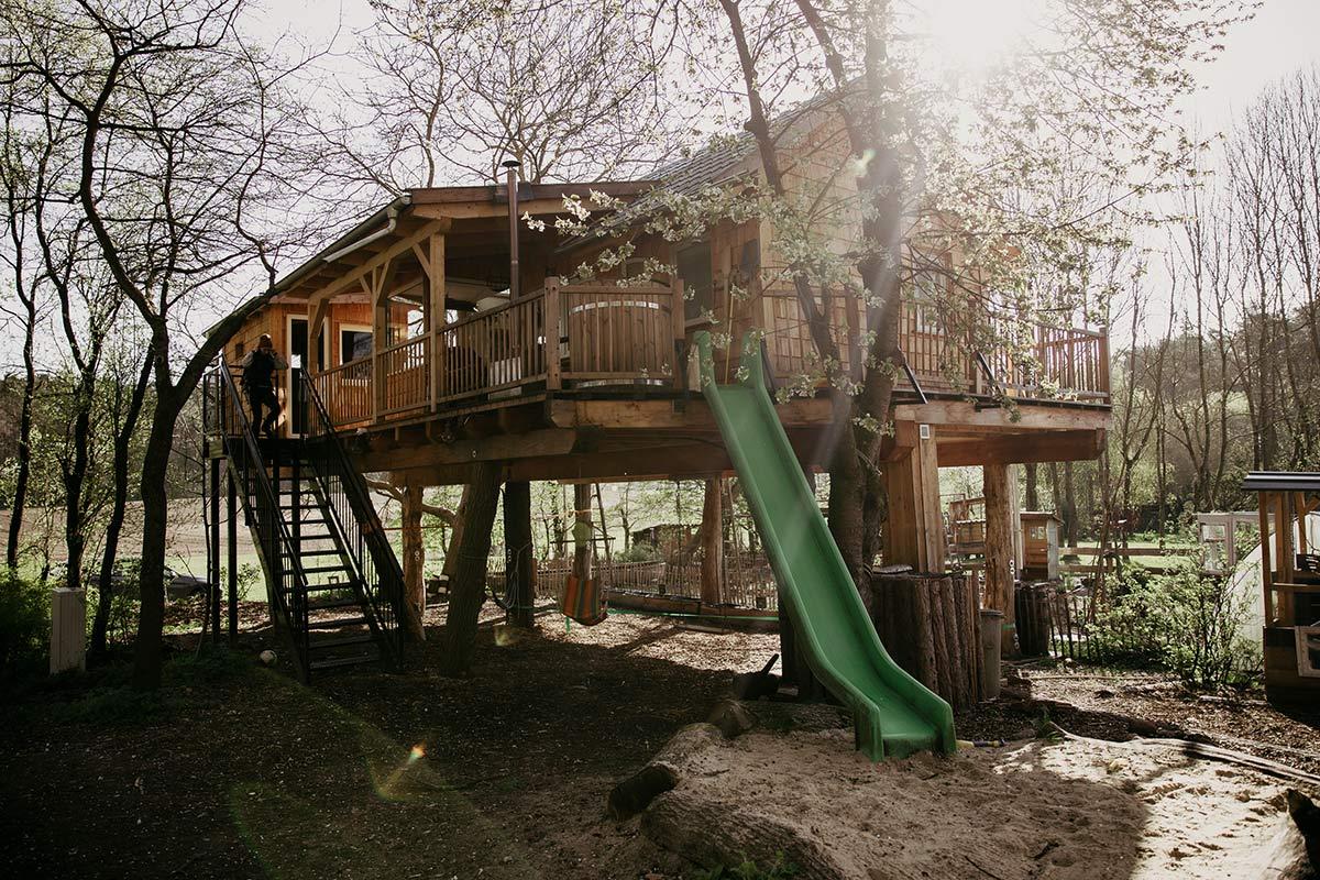 Baumhausurlaub mit Kindern