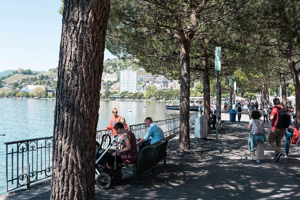 Flanieren an der Uferpromenade des Genfer Sees