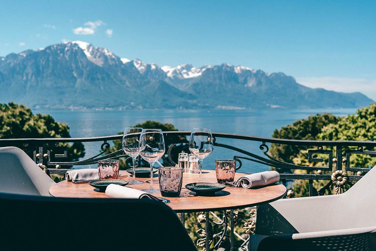 Terasse des Grand Hotel Suisse Majestic in Montreux